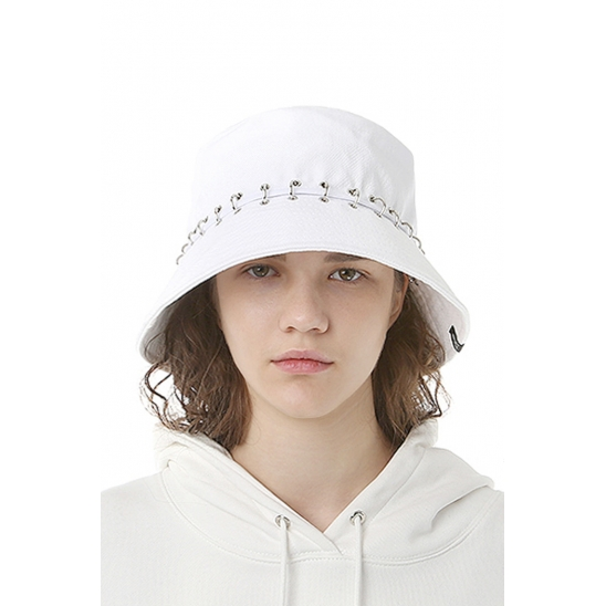 V8 - PIERCING DIVISION BUCKET HAT (white)
