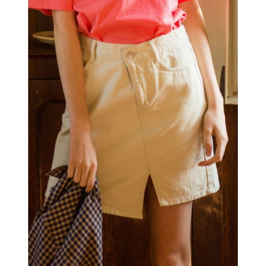 UNBALANCE SLIT DENIM SKIRT (IVORY)