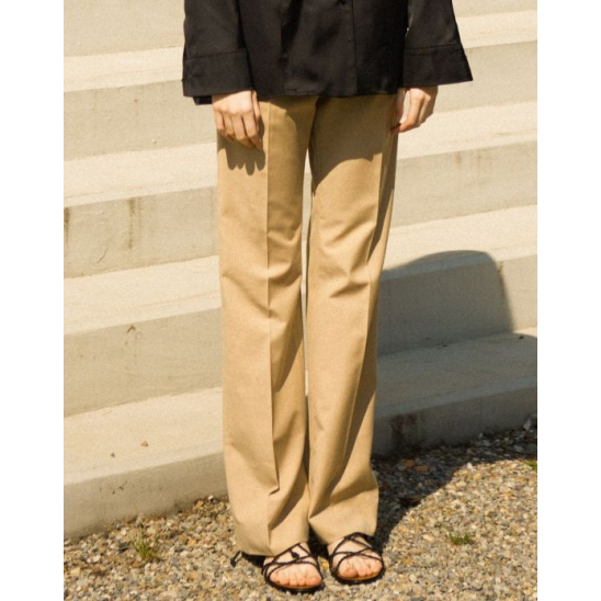 BACK SLIT SLACKS (BEIGE)