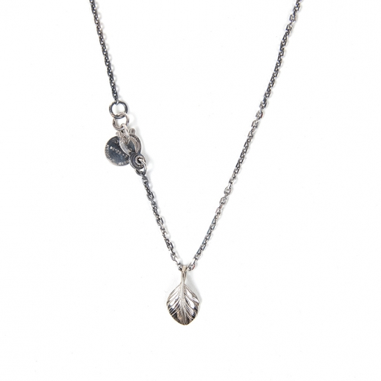 347# SMALL FEATHER NECKLACE