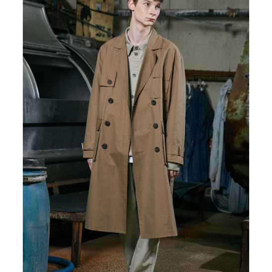 SQUARE TRENCH COAT (BEIGE)