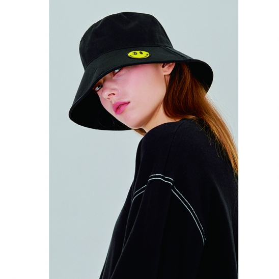 Yellow SMILE bucket hat [black]