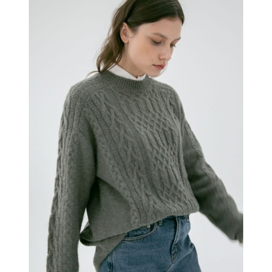 UNISEX CABLE KNIT SWEATER GREY