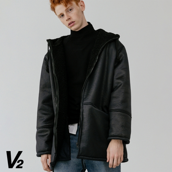 V2 Overfit long hood leather mustang