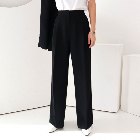 Basic wide slacks - black