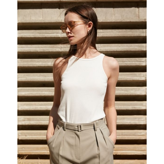 RIBBED SLEEVELESS TOP OFF WHITE