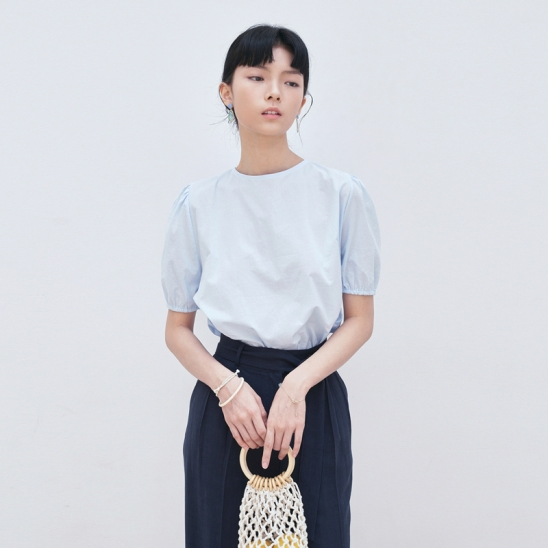 BACK STRAP POINT BLOUSE_SKY BLUE
