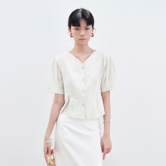 V-NECK PINTUCK BLOUSE_IVORY