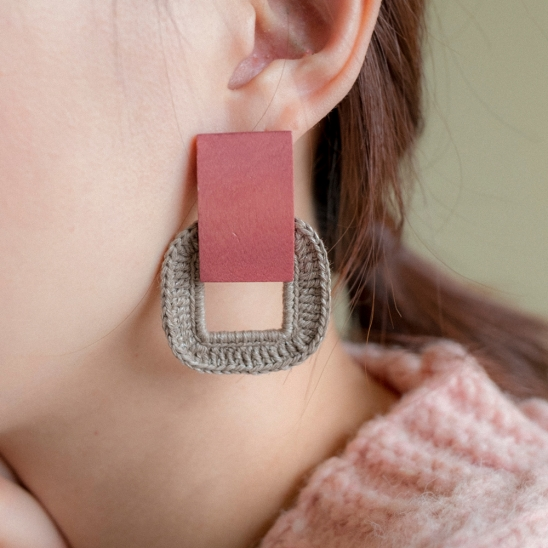 Square wood and knit earring