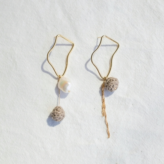 Abstract pearl and knitball earring