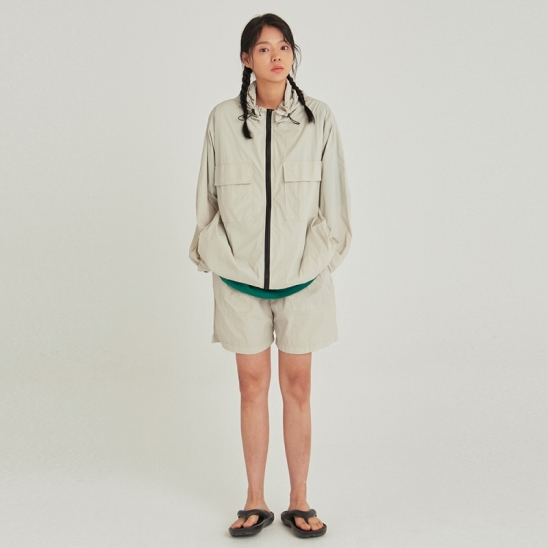 [COUCOU] W LIGHT WEIGHT WINDBREAKER SET UP_SAND