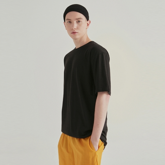 [COUCOU] OVER SLIT ROUND HALF TEE_BLACK