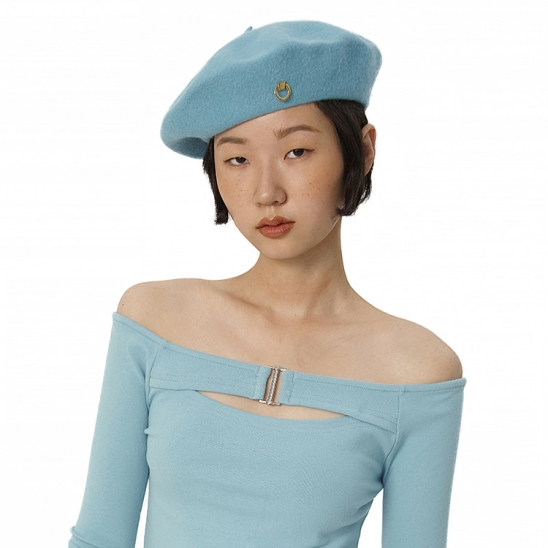 C METAL BROOCH WOOL BERET_BLUE