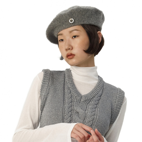 C METAL BROOCH WOOL BERET_GREY