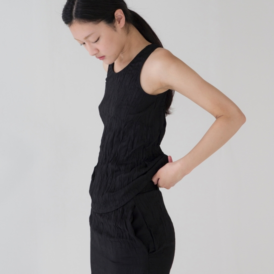 Wrinkle Sleeveless - Black