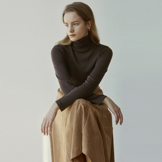 TURTLENECK NAPPING SLEEVE_BROWN