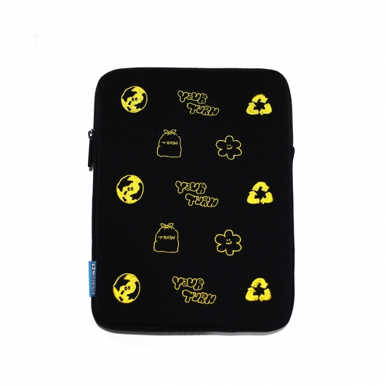 [EZwithPIECE] YOUR TURN TABLET POUCH (BLACK)