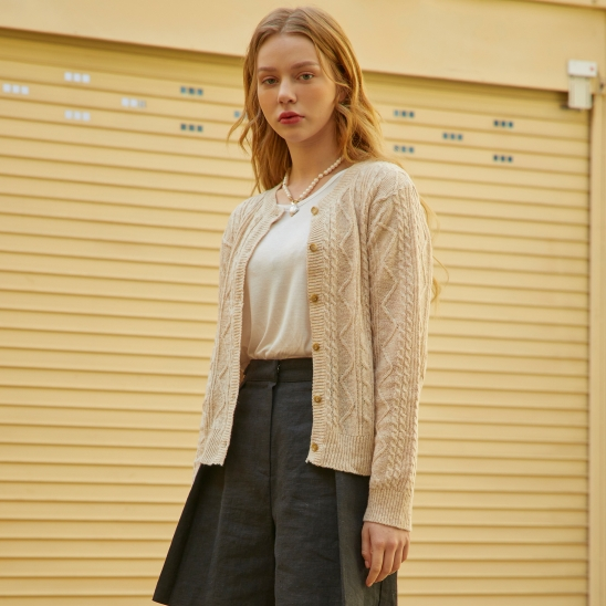 Cable Twist Round Wool Cardigan Oatmeal