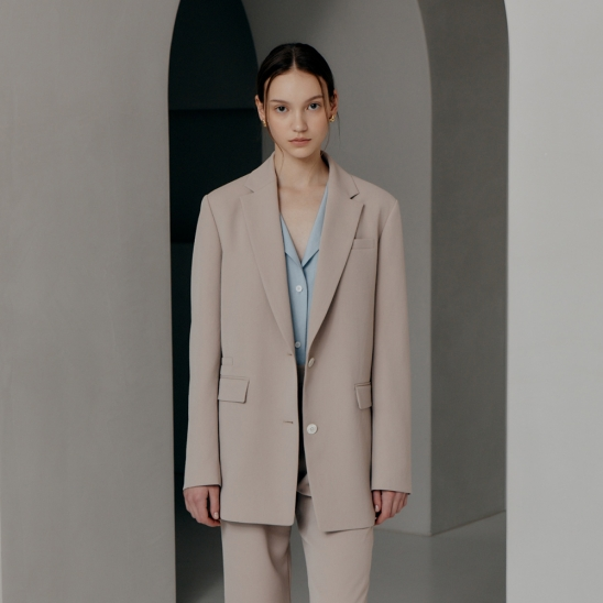Single-Breasted Two-Button Blazer (JUSJ302-70)
