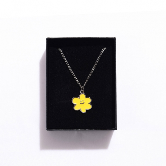 [EZwithPIECE] DAISY NECKLACE (YELLOW)