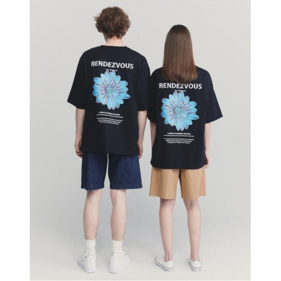 BLACK SEMI OVER FIT FLOWER PRINTING EMBROIDERY T-SHIRTS