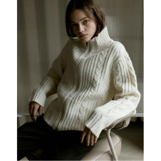 CHUNKY CABLE HIGH-NECK CARDIGAN_IVORY