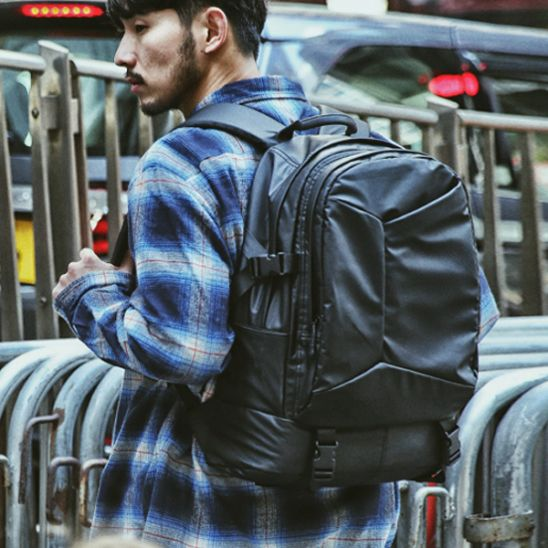 [몬스터 리퍼블릭] SHIZZLE LAPTOP BACKPACK / MATT BLACK