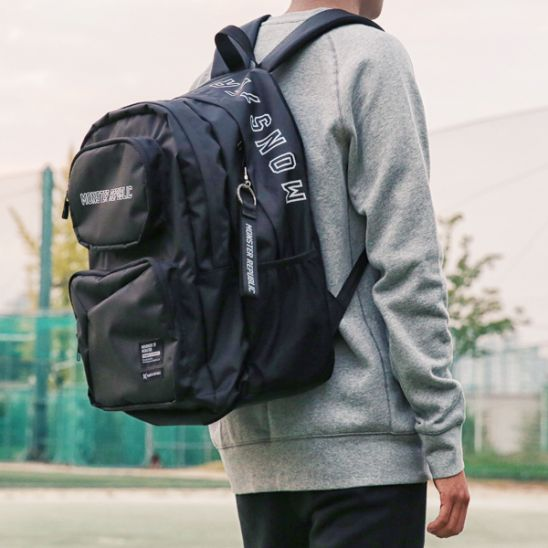 [몬스터 리퍼블릭] COMMA GRAM DAYPACK / BLACK