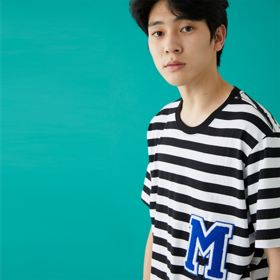 M PATCH STRIPED SS T-SHIRT BLACK