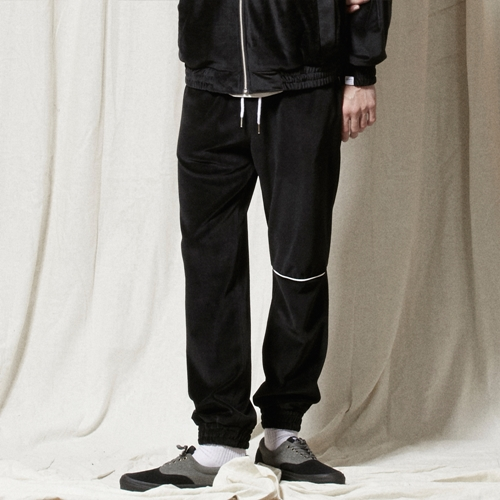 PL039_Piping Velvet Training Pants_BLACK